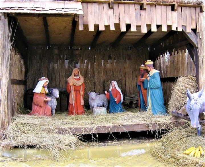 救主耶穌降生在馬槽。(圖:FreeImage)