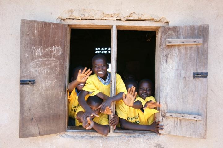 烏干達學校學童。(圖: unsplash )