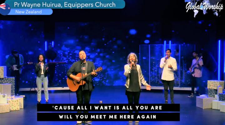 紐西蘭一教會敬拜隊獻唱。(圖:Global Worship Online facebook)