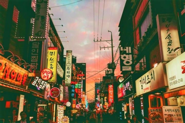 韓國年青信徒受生活壓力離開教會。(圖:unsplash)