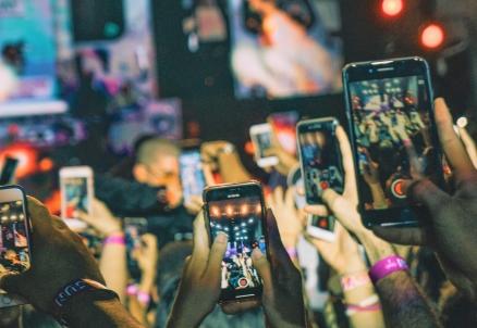 social media addiction.jpg