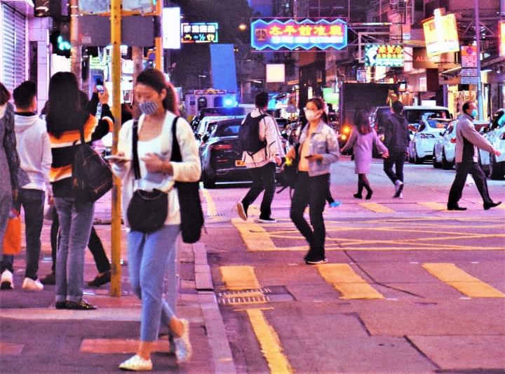 香港疫情下街頭。(圖:unsplash)