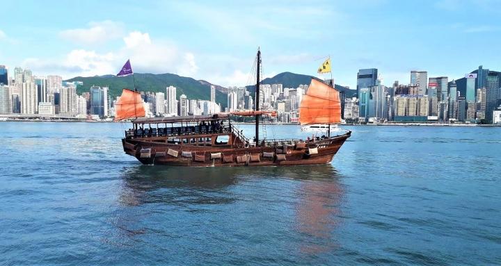 精英大換血香港新定位。(圖:基督日報)