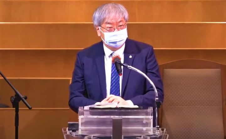 李思敬於培靈會主領三場講道。(圖:香港浸信教會視頻擷圖)