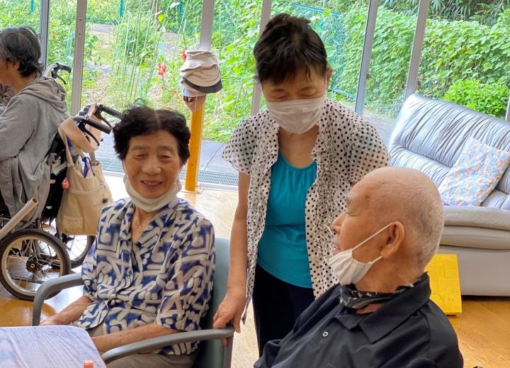 日本敬老日舉行圓桌會議,探討教會如何協助長者發揮功能。(圖:kirishin.com)