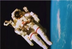 当阿波罗遇见嫦娥.jpg