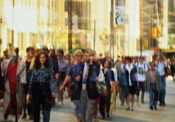 加拿大統計局最新公佈的人口統計報告顯示,今年首季的人口增長率突破過去四年紀錄,總計增加7萬8千2百人,使全國總人口突破至3250萬人,而在增加的人口中,近4分之3外國移民,成為人口增長的主力。 <br/>