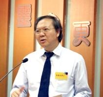 楊慶球牧師表示看到香港教會普遍來說都是越來越追求聖靈,他個人認為基督與聖靈是密不可分的。 <br/>