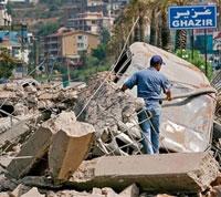 據報導已經至少有530名平民死亡,包括454名平民,同時約有1百萬黎巴嫩人淪為難民 <br/>