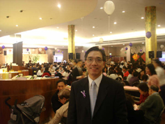 雪梨晨光關懷協會負責人張有倫總監對於華人社區對於此次活動表現出的熱情表示十分的欣慰。(圖:本報記者) <br/>