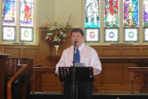 潘宏勇弟兄帶領大家進行了領禱並向參與者致歡迎詞。 <br/>