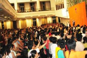 7月30日,「泥土音樂」首次中國短宣之旅圓滿結束,「泥土音樂」創辦人盛曉玫分享說:「大陸的弟兄姊妹對信仰的追求與渴慕的心志深深的打動了我們每一位短宣成員。」(圖:泥土音樂) <br/>