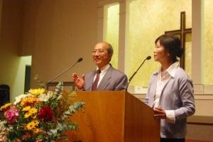 林安國牧師在長島豐盛生命教會上週末舉辦的宣道年會上,鼓勵信徒獻身宣教事奉。(圖:基督日報/全威) <br/>